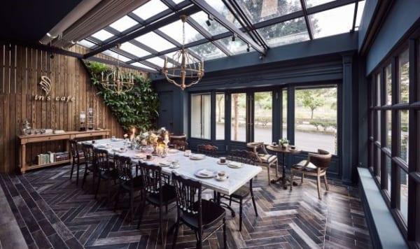 In cafe 600x356 - Top 12 không gian nội thất thu hút sự chú ý trong năm 2018