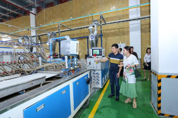 SON 4605 600x400 - Cùng kiến trúc sư Việt trải nghiệm thực tế nhà máy sản xuất AnPro