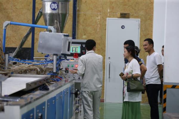 VNP 4361 600x400 - Cùng kiến trúc sư Việt trải nghiệm thực tế nhà máy sản xuất AnPro