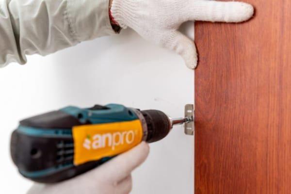Tấm nhựa ốp tường AnPro có thể dễ dàng thay thế và sửa chữa 600x400 - Giá cả tấm nhựa ốp tường
