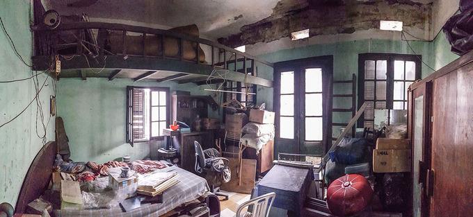 Nhà cổ hoang tàn đẹp như khách sạn sau sửa