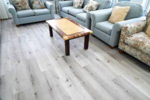 Khó phân biệt được gỗ tự nhiên với sàn SPC vân gỗ AnPro
